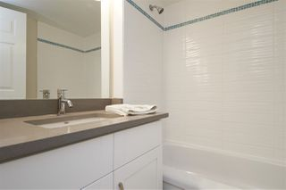 "Photo 14: 304 1459 BLACKWOOD Street: White Rock Condo for sale in ""CHARTWELL"" (South Surrey White Rock)  : MLS®# R2393628"