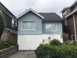 Main Photo: 885 E 26TH Avenue in Vancouver: Fraser VE House for sale (Vancouver East)  : MLS®# R2398299