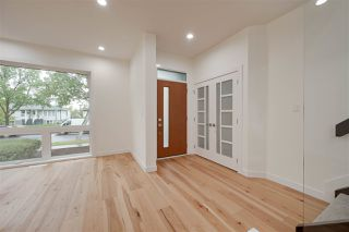 Photo 8: 8505 84 Avenue NW in Edmonton: Zone 18 House for sale : MLS®# E4172011