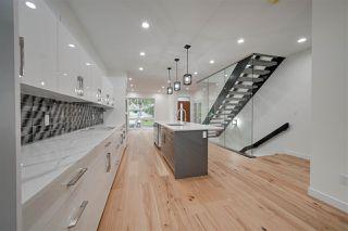 Photo 5: 8505 84 Avenue NW in Edmonton: Zone 18 House for sale : MLS®# E4172011