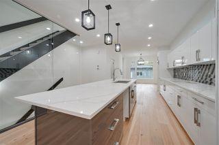 Photo 6: 8505 84 Avenue NW in Edmonton: Zone 18 House for sale : MLS®# E4172011