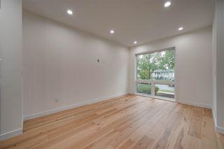 Photo 12: 8505 84 Avenue NW in Edmonton: Zone 18 House for sale : MLS®# E4172011