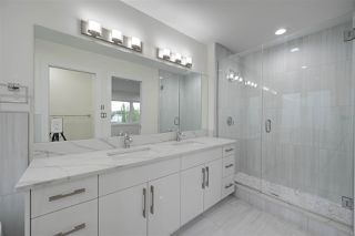 Photo 16: 8505 84 Avenue NW in Edmonton: Zone 18 House for sale : MLS®# E4172011