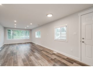Photo 4: 24 9267 SHOOK Road in Mission: Hatzic Manufactured Home for sale : MLS®# R2405452