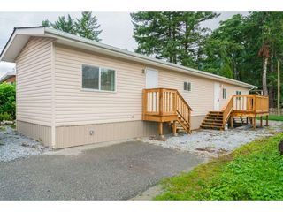 Photo 15: 24 9267 SHOOK Road in Mission: Hatzic Manufactured Home for sale : MLS®# R2405452