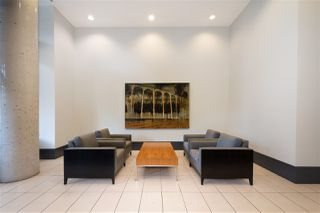 "Photo 11: 304 175 W 1ST Street in North Vancouver: Lower Lonsdale Condo for sale in ""TIME"" : MLS®# R2421607"