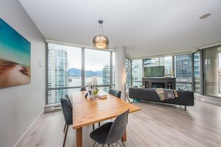 Main Photo: 2101 1228 W HASTINGS Street in Vancouver: Coal Harbour Condo for sale (Vancouver West)  : MLS®# R2427091