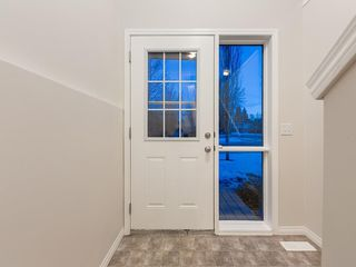 Photo 3: B 134 5 Avenue: Strathmore Row/Townhouse for sale : MLS®# C4289191