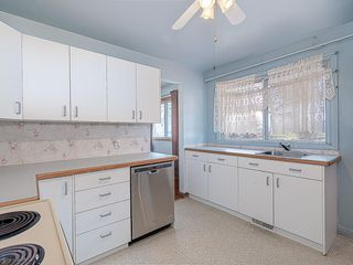 Photo 8: 5019 1 Street NW in Calgary: Thorncliffe Detached for sale : MLS®# C4296395