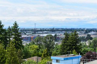 Photo 37: 2116 BURQUITLAM Drive in Vancouver: Fraserview VE House for sale (Vancouver East)  : MLS®# R2464048