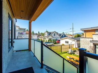Photo 36: 627 E 28TH Avenue in Vancouver: Fraser VE House for sale (Vancouver East)  : MLS®# R2499085