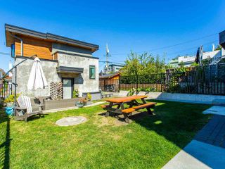 Photo 40: 627 E 28TH Avenue in Vancouver: Fraser VE House for sale (Vancouver East)  : MLS®# R2499085