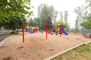 "Photo 14: 505 3970 CARRIGAN Court in Burnaby: Government Road Condo for sale in ""THE HARRINGTON"" (Burnaby North)  : MLS®# R2499322"