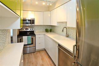 """Photo 8: 406 1157 NELSON Street in Vancouver: West End VW Condo for sale in """"HAMPSTEAD HOUSE"""" (Vancouver West)  : MLS®# R2528875"""