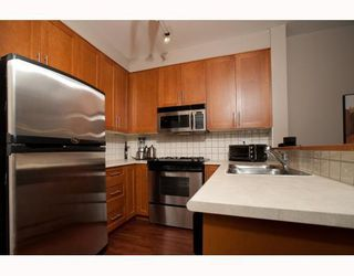 """Photo 3: 1306 4655 VALLEY Drive in Vancouver: Quilchena Condo for sale in """"ALEXANDRA HOUSE"""" (Vancouver West)  : MLS®# V797450"""