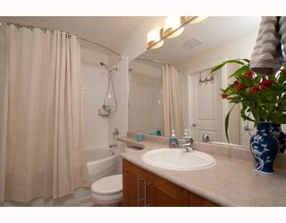 """Photo 5: 1306 4655 VALLEY Drive in Vancouver: Quilchena Condo for sale in """"ALEXANDRA HOUSE"""" (Vancouver West)  : MLS®# V797450"""