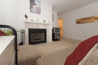 Photo 4: 7 1966 YORK Avenue in Vancouver: Kitsilano Townhouse for sale (Vancouver West)  : MLS®# V798779