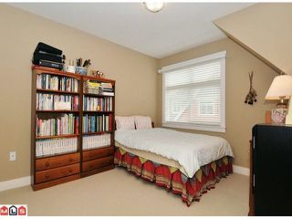 """Photo 8: 20 15255 36TH Avenue in Surrey: Morgan Creek Townhouse for sale in """"Ferngrove"""" (South Surrey White Rock)  : MLS®# F1017006"""