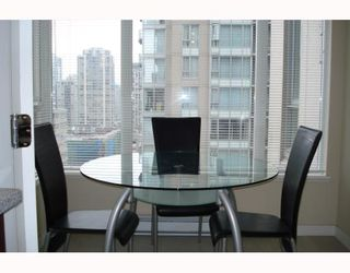 "Photo 9: 1003 1001 RICHARDS Street in Vancouver: Downtown VW Condo for sale in ""MIRO"" (Vancouver West)  : MLS®# V738446"