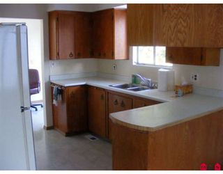 """Photo 3: 14945 KEW Drive in Surrey: Bolivar Heights House for sale in """"BIRDLAND"""" (North Surrey)  : MLS®# F2833810"""