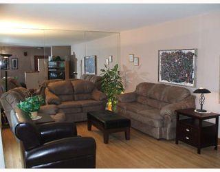 Photo 5: 435 MCADAM Avenue in WINNIPEG: West Kildonan / Garden City Single Family Detached for sale (North West Winnipeg)  : MLS®# 2717446