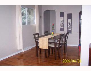 Photo 5: 38 HOGARTH Crescent SW in CALGARY: Haysboro Residential Detached Single Family for sale (Calgary)  : MLS®# C3372925