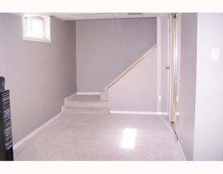 Photo 19: 38 HOGARTH Crescent SW in CALGARY: Haysboro Residential Detached Single Family for sale (Calgary)  : MLS®# C3372925