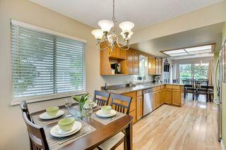 "Photo 2: 6 1190 FALCON Drive in Coquitlam: Eagle Ridge CQ Townhouse for sale in ""FALCON TERRACE"" : MLS®# R2394827"