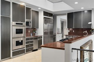 Photo 10: LA JOLLA House for sale : 6 bedrooms : 6106 Avenida Chamnez