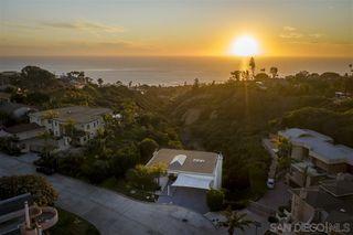 Photo 22: LA JOLLA House for sale : 6 bedrooms : 6106 Avenida Chamnez