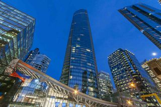 Photo 2: 5305 1151 W GEORGIA Street in Vancouver: Coal Harbour Condo for sale (Vancouver West)  : MLS®# R2445030