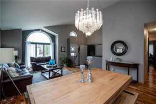 Photo 3: 72 Orchard Hill Drive in Winnipeg: Royalwood Residential for sale (2J)  : MLS®# 202015350