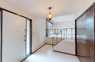 Photo 3: 10908 40 Avenue in Edmonton: Zone 16 House for sale : MLS®# E4207790