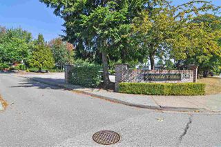 """Photo 20: 6022 E GREENSIDE Drive in Surrey: Cloverdale BC Townhouse for sale in """"Greenside Estates"""" (Cloverdale)  : MLS®# R2496333"""