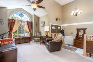 Photo 3: 628 WOTHERSPOON Close in Edmonton: Zone 20 House for sale : MLS®# E4214444
