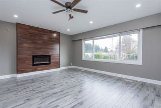 Photo 5: 2133 LONSDALE Crescent in Abbotsford: Abbotsford West House for sale : MLS®# R2516695