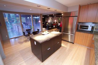 "Photo 12: 945 15TH Street in West Vancouver: Ambleside House for sale in ""AMBLESIDE"" : MLS®# V802126"