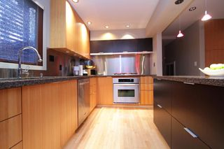 "Photo 9: 945 15TH Street in West Vancouver: Ambleside House for sale in ""AMBLESIDE"" : MLS®# V802126"