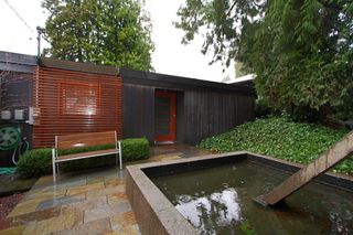 """Photo 3: 945 15TH Street in West Vancouver: Ambleside House for sale in """"AMBLESIDE"""" : MLS®# V802126"""