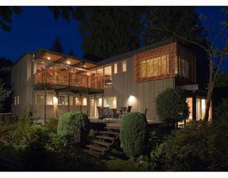 "Photo 1: 945 15TH Street in West Vancouver: Ambleside House for sale in ""AMBLESIDE"" : MLS®# V802126"