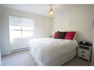 """Photo 4: 27 2375 W BROADWAY in Vancouver: Kitsilano Townhouse for sale in """"TALIESIN"""" (Vancouver West)  : MLS®# V829496"""