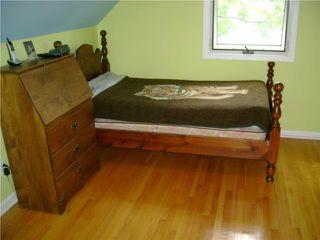 Photo 9: 110 Garrioch Avenue in WINNIPEG: St James Residential for sale (West Winnipeg)  : MLS®# 1010728
