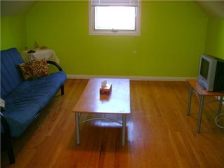 Photo 10: 110 Garrioch Avenue in WINNIPEG: St James Residential for sale (West Winnipeg)  : MLS®# 1010728