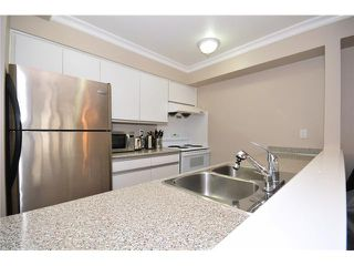 "Photo 3: 307 1060 E BROADWAY in Vancouver: Mount Pleasant VE Condo for sale in ""MARINER MEWS"" (Vancouver East)  : MLS®# V856791"