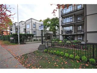 "Photo 10: 307 1060 E BROADWAY in Vancouver: Mount Pleasant VE Condo for sale in ""MARINER MEWS"" (Vancouver East)  : MLS®# V856791"