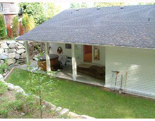 Photo 10: 5711 SALMON Drive in Sechelt: Sechelt District House for sale (Sunshine Coast)  : MLS®# V737466