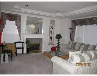 Photo 2: 12 6700 WILLIAMS Road in Richmond: Woodwards Townhouse for sale : MLS®# V771672