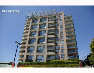 "Photo 1: 701 98 10TH Street in New_Westminster: Downtown NW Condo for sale in ""PLAZA POINTE"" (New Westminster)  : MLS®# V774706"