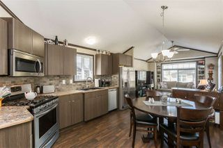 "Photo 6: 14 53480 BRIDAL FALLS Road in Rosedale: Rosedale Popkum Manufactured Home for sale in ""Bridal Falls Cottage Resort"" : MLS®# R2397701"
