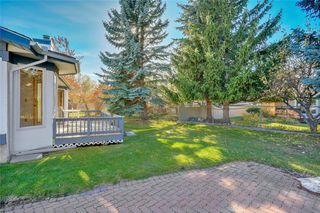 Photo 23: 52 WOODMEADOW Close SW in Calgary: Woodlands Semi Detached for sale : MLS®# C4259772